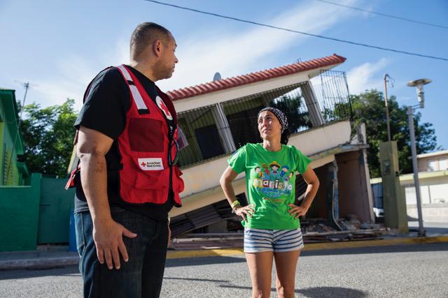 AJ Suero: Orgullo latino destacado en la Cruz Roja de PA